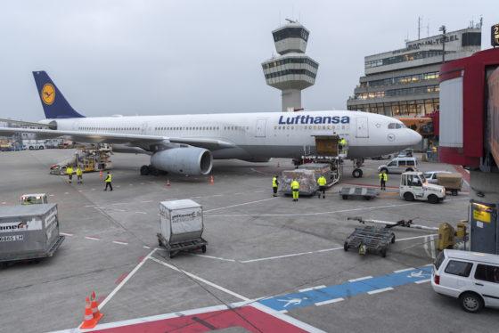 Lufthansa Fliegt Von Berlin Tegel Nach New York Aerobuzzde