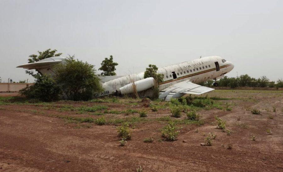 Resultado de imagen para Fokker F28 PH-MOL Air Malí